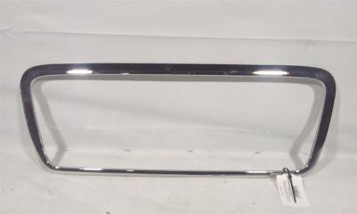 Запчасть накладка крышки багажника Hyundai Sonata 5 2008-2010