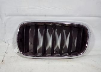 Запчасть решетка радиатора левая BMW X5 2013-2018