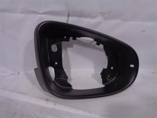 Запчасть рамка зеркала Volkswagen Golf 2008-2013