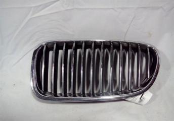 Запчасть решетка радиатора левая BMW 5 2013-2017