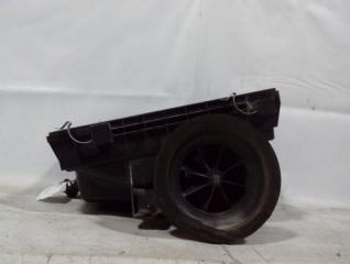 Запчасть корпус воздушного фильтра Toyota Hilux 2015-
