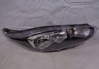 Запчасть фара правая Ford Fiesta 7 2013-