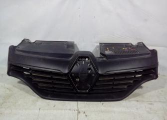 Запчасть решетка радиатора Renault Logan 2 2014-2018