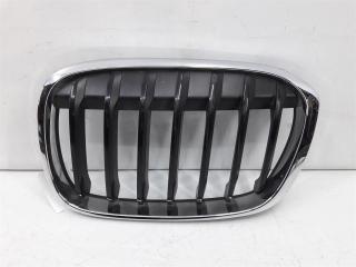 Запчасть решетка радиатора левая BMW X1 2015-2019