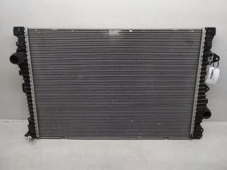 Запчасть радиатор охлаждения Land Rover Discovery Sport 2014-2019