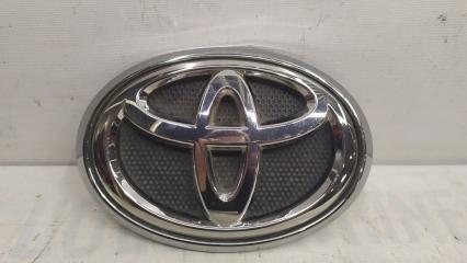 Запчасть эмблема передняя Toyota Hilux 2015-