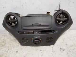 Запчасть блок управления климат контролем Toyota Vitz 1999-2005