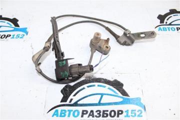 Запчасть датчик абс передний правый Mazda 6 2002-2007