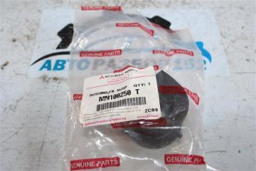 Запчасть втулка стабилизатора Nissan 2002-2007