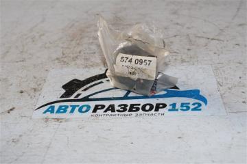 Запчасть втулка стабилизатора Mitsubishi 2005