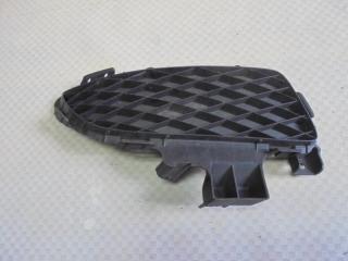 Запчасть решетка в бампер правая Mazda Mazda3 2005