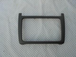 Запчасть накладка консоли центральной (рамка) Volkswagen Polo 2013