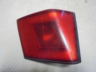 Запчасть фонарь задний левый Mitsubishi Carisma 1998