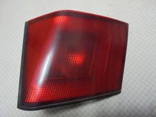 Запчасть фонарь задний правый Mitsubishi Carisma 1998