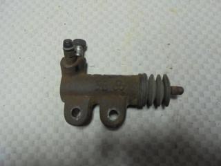 Запчасть цилиндр сцепления рабочий Mitsubishi Carisma 1998