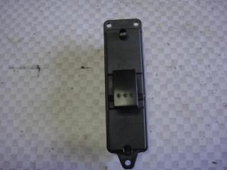 Запчасть кнопка стеклоподъемника задняя правая Mazda Mazda3 2006
