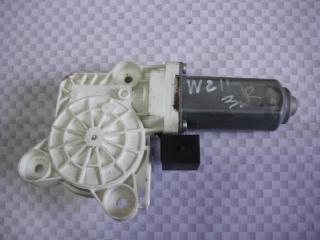 Запчасть мотор стеклоподъемника задний правый Mercedes-Benz E-Class 2006