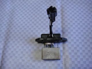 Запчасть резистор отопителя Mitsubishi Pajero 1991
