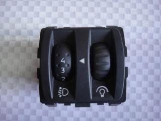Запчасть кнопка корректора фар Renault Megane 2004