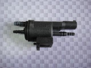 Запчасть клапан электромагнитный Mercedes-Benz C-Class 2002