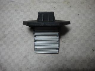Запчасть резистор отопителя Hyundai Elantra 2004
