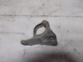Запчасть кронштейн подвесного подшипника правый Renault Megane 2011