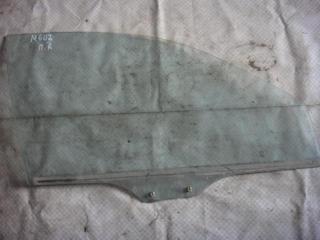 Запчасть стекло двери переднее правое Mazda 626 1992