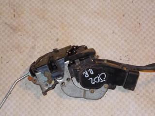 Запчасть замок двери передний правый Chevrolet Tracker 2000