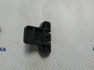 Запчасть кронштейн бампера передний Suzuki Liana 2006