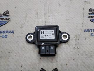 Запчасть датчик ускорения Nissan X-Trail 2009