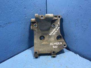 Запчасть кронштейн генератора Nissan Almera