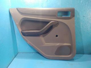 Запчасть обшивка двери задняя левая Ford Focus 2