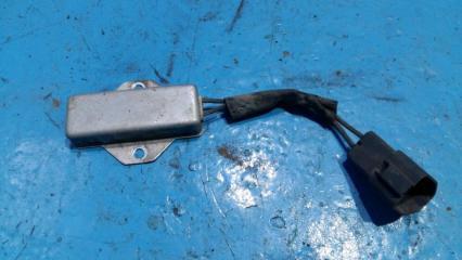 Запчасть блок управления вентилятором Nissan Tiida
