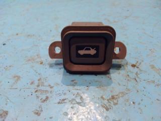 Запчасть кнопка открывания багажника Honda CR-V