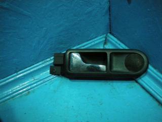 Запчасть ручка двери внутренняя задняя левая Volkswagen Golf 4