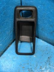Запчасть накладка ручки внутренней Ford Focus 2