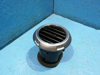 Запчасть дефлектор в торпедо SsangYong Actyon Sports