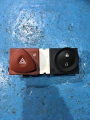 Запчасть кнопка аварийная Renault Megane 2