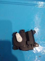 Запчасть моторчик заслонки печки Lifan X60
