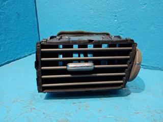 Запчасть дефлектор в торпедо правый Infiniti Q70 2012