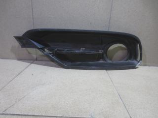 Запчасть решетка в бампер правая BMW 3-series