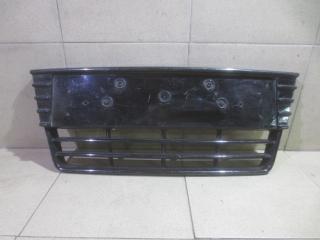 Запчасть решетка в бампер центральная Ford Focus