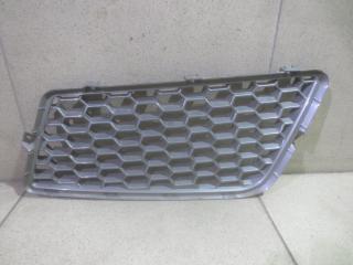 Запчасть решетка радиатора правая Mitsubishi L200