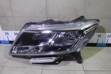 Запчасть фара левая Nissan Pathfinder