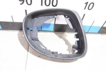 Запчасть рамка зеркала правого Skoda Yeti