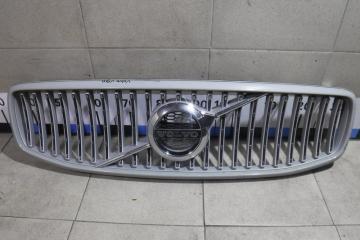 Запчасть решетка радиатора Volvo V90