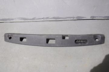 Запчасть обшивка крышки багажника Mercedes-Benz E-class