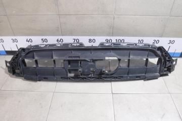 Запчасть кронштейн решетки радиатора Audi A6
