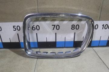 Запчасть накладка на решетку радиатора BMW X1
