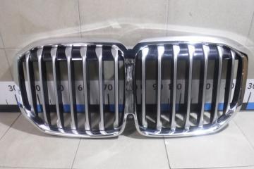 Запчасть решетка радиатора BMW X7